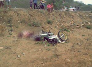 timthumb-1-1-300x218 Acidente de moto deixa uma vítima fatal em estrada do Cariri paraibano