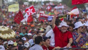 lula-300x173 Brecha na Lei da Ficha Limpa pode beneficiar Lula na eleição de 2018