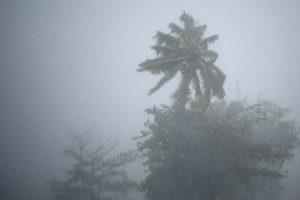 150478691159b139dfb68f7_1504786911_3x2_md-300x200 Furacão Irma chega ao estreito da Flórida e deve ganhar força