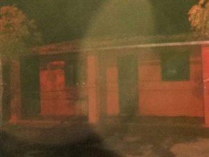 17862236280003622710000-1-300x225 Homem põe fogo na própria casa para tentar matar companheira