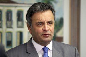 senador-aecio-neves-17-09-2013-foto-george-gianni_0-300x200-300x200 STF nega prisão, mas afasta Aécio Neves do Senado