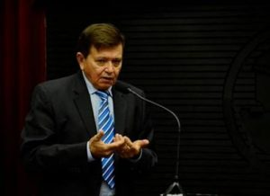 timthumb-12-300x218 Deputado João Henrique parabeniza profissionais pelo dia do cirurgião-Dentista