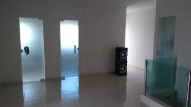 298a580a-99a8-401b-a40f-8b170ebbce47-300x169 OPORTUNIDADE: Vende-se excelente casa em Monteiro