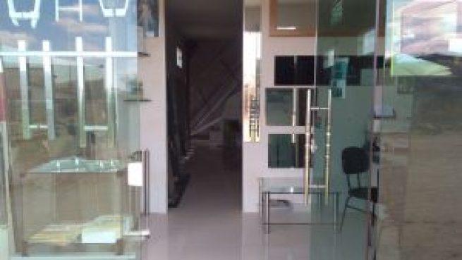 ad0e1870-e515-4b1f-b234-7323d0e6cafa-300x169 OPORTUNIDADE: Vende-se excelente casa em Monteiro