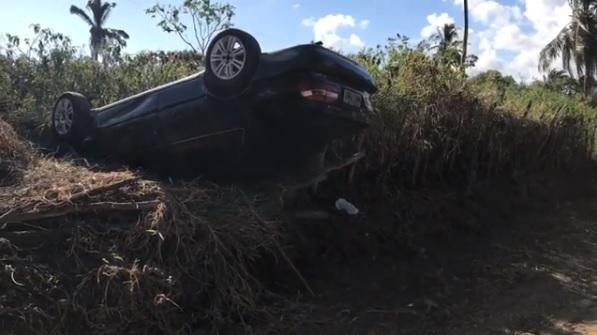 motorista-do-samu-morre-ao-capotar-carro-na-capital Motorista do Samu morre ao capotar carro na Capital