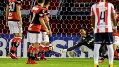 Substituto de Muralha pega pênalti e Fla volta a disputar final continental 3