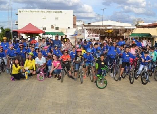 timthumb-7 Passeio Ciclístico para crianças é realizado em Monteiro; veja fotos