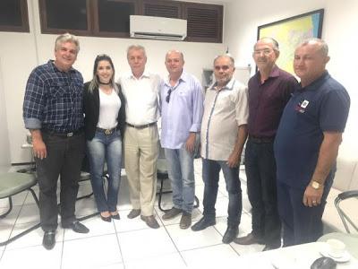 zzz Câmara de Monteiro aprova projetos que criam abono natalino do bolsa família