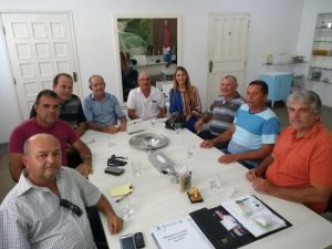 alfredo-viana-300x225 Prefeitura de Monteiro debate investimentos para os avicultores do município