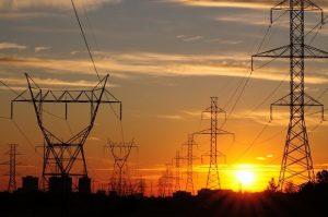 energia-300x199 Energisa: Cidades do Cariri vão ficar sem luz para manutenção da rede elétrica