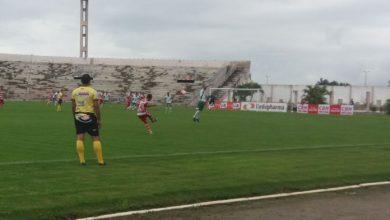 Falta de policiamento :Após paralisação, jogo entre Auto Esporte e Serrano-PB é suspenso 4