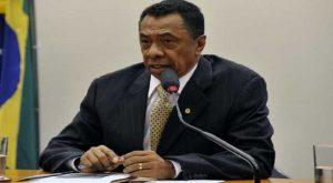 t-5-300x165 Suspensão pela Justiça Federal de concessão de rádio a deputado federal Damião Feliciano repercute na mídia nacional