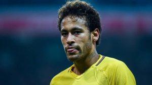 xneymar-barcelona.jpg.pagespeed.ic_.e30Lz5N0EQ-300x169 'Neymar brincou de gato e rato conosco', diz dirigente do Barcelona
