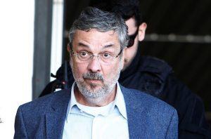 antonio-palocci-pt-rodolfo-buhrer-reuters-300x198-300x198 Palocci quer que STF julgue HC junto com pedido de Lula
