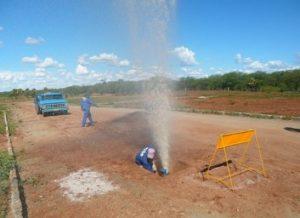 vazamento-da-cagepa-300x218 Vazamento na adutora do Congo deixa cinco cidades do Cariri sem água