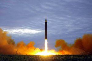 coreia-do-norte-300x200 Coreia do Norte anuncia suspensão de testes nucleares e de mísseis de longo alcance