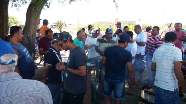 20180523_113627-1024x576 Em Monteiro: Caminhoneiros ocupam rodovias em protesto contra preço de combustíveis