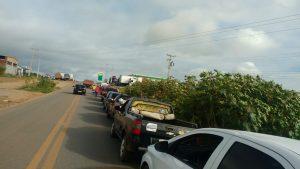 IMG-20180530-WA0075-300x169 Motoristas enfrentam filas para abastecer em postos de gasolina em Monteiro