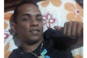 jovem_morto_tiros_sousa-1-300x202 Jovem é assassinado a tiros perto de cemitério na Paraíba