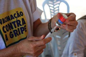 vacina-FOTO-Ricardo-Puppe-Abertura-Vacinacao-1-696x464-300x200 Vacinação contra gripe é ampliada para prioritários