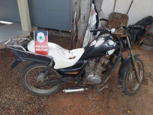 moto-roubada-300x225 Polícia Militar apreende veículo com restrição de roubo em Monteiro