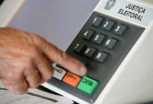 tse-divulga-limite-de-gastos-para-as-eleicoes-2018-696x475-300x205 TSE divulga limite de gastos para as eleições 2018