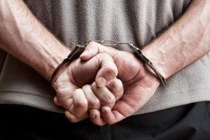 1474112144644-algemas-300x200 Policial de folga flagra tentativa de homicídio e prende suspeito em Patos
