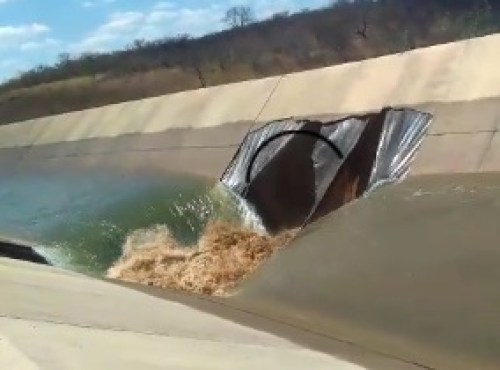 TS Canal  da Transposição rompe e governo vê ato criminoso Veja vídeo.