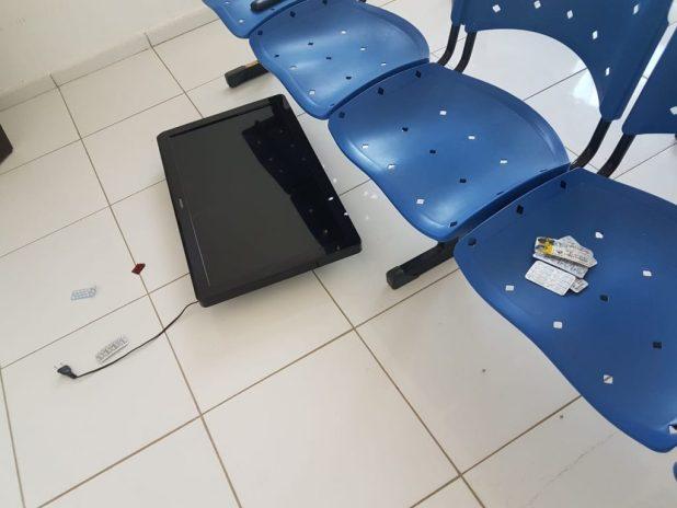 e09db800-9cf1-431f-be62-873c20c2594a-1024x768 Unidade de Saúde é alvo de vândalos em Monteiro