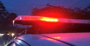 sirene-policia-300x156 Bandidos tentam assaltar residência, atiram contra mulher e fazem filha refém no Cariri