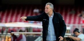 Landim acerta detalhes e anuncia contratação de Abel Braga para o Fla 1