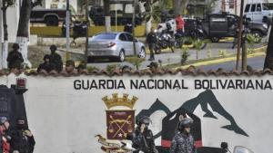 000_1cg45h_0-1 Militares são presos após rebelião contra Maduro
