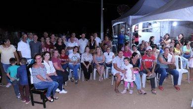 Prefeita de Monteiro, equipe de governo e vereadores participam de reunião na zona rural 6