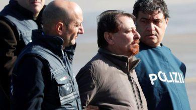 Battisti chega a Roma após quase 40 anos foragido da Justiça 3