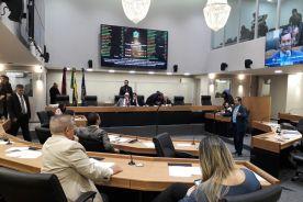 ALPB: Oposição adia reunião para quarta 1