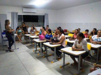 reuniao-escola-araujo-valenca5-507x380 Pais de Alunos da Escola Professor Araújo Valença participam de reunião com docentes