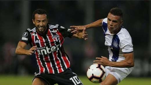São Paulo perde em estreia na Libertadores 1