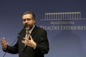 Chanceler prepara visita de Bolsonaro aos EUA 1