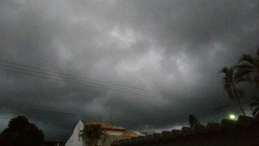 CHUVAS-PERIGO-ALERTA-693x390 Instituto Nacional de Meteorologia (Inmet) emite novo alerta de chuvas na PB