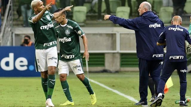 Palmeiras-Junior-Barranquilla-da-Colômbia-na-arena-do-Verdão-Copa-Libertadores Palmeiras vence o Junior Barranquilla em casa