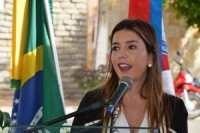 Prefeita de Monteiro vem sendo vitima de Fake News e sofre agressões de adversários 1