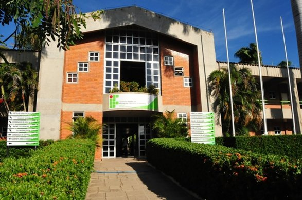 ifpb-cajazeiras-divulgacao-587x390 PF deflagra operação contra servidor do IFPB que ameaçou atentado com arma de fogo