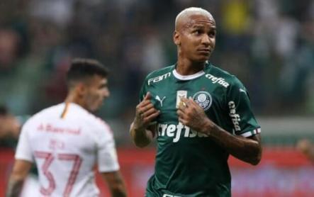 deyverson-PALMEIRAS-621x390 Palmeiras vence Internacional e assume liderança provisória do Brasileiro