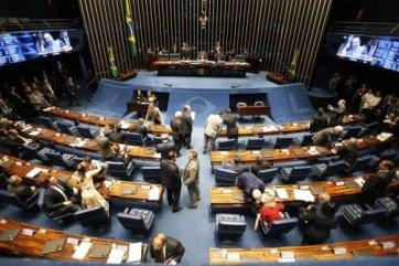 CONGRESSO-585x390 Congresso aprova crédito extra de R$ 248 bi ao governo