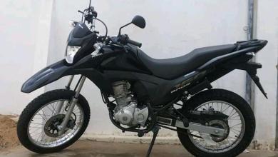 Motocicleta é tomada por assalto por dupla armada na cidade de Serra Branca 11