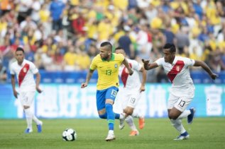 20190622185643_111-585x390 Brasil decide a Copa América contra o Peru neste domingo
