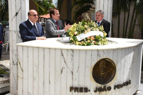 unnamed-22-696x464-585x390 Celebração e ato cívico lembram 89 anos da morte de João Pessoa