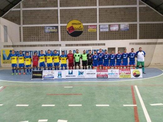 2-520x390 02 jogos movimentam a reta final da Copa Dr. Chico de Futsal