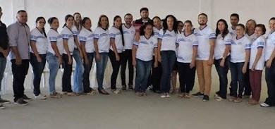 Prefeitura de Zabelê entrega novos fardamentos escolares aos alunos e aos profissionais da educação 7