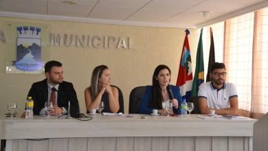 Seminário reúne autoridades e populares para discutir enfrentamento à violência contra a mulher em Monteiro 6